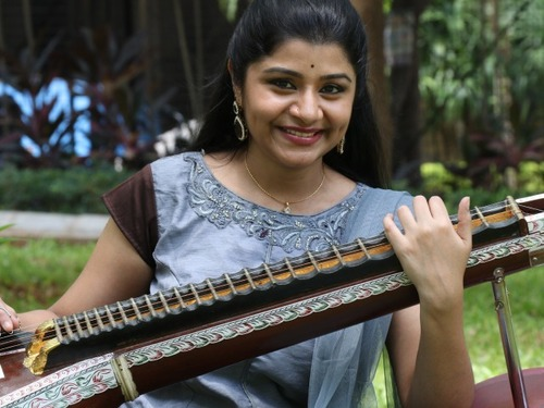 Veena Srivani Booking Price & Contact for Events | Kalakaars